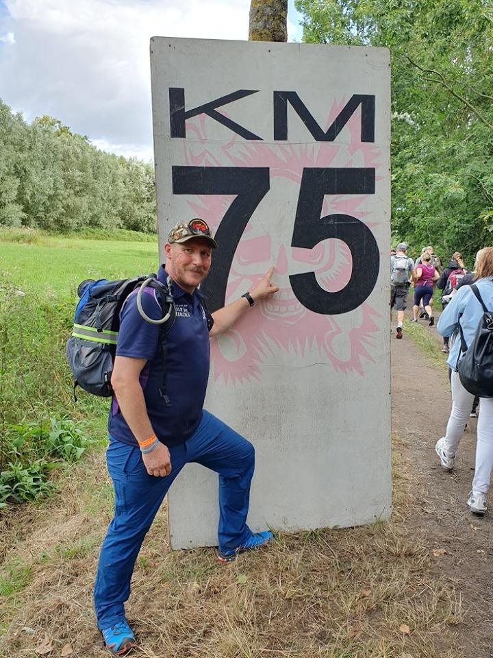 Unser Trainer Thorsten Hansen marschiert seit Jahren erfolgreich.